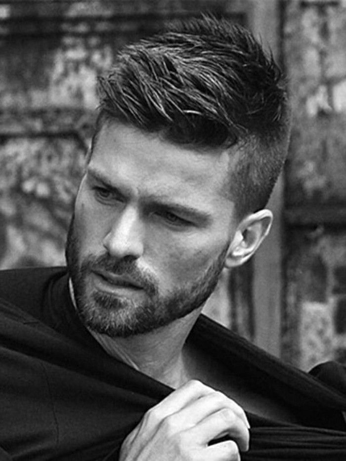 Trendy hairstyles for men: current haircuts for 2018 ...