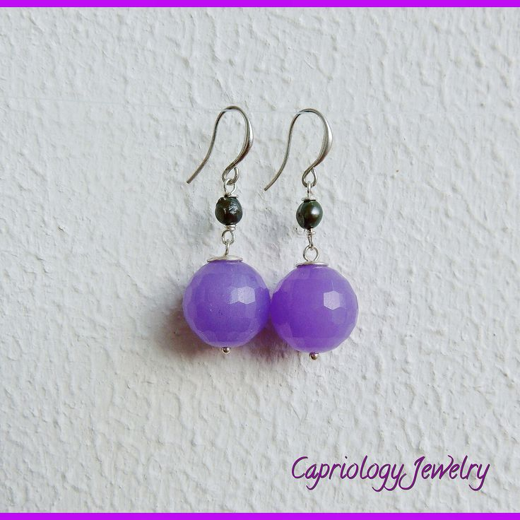 Simplicity goes a long way and so these beautiful candy jade earrings. Handmade by Capriology Jewelry on Capri, Italy.