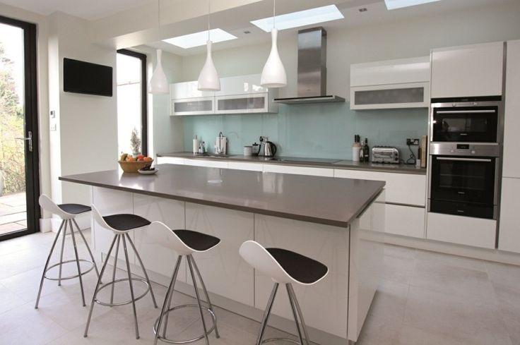 décoration de cuisine en blanc et gris