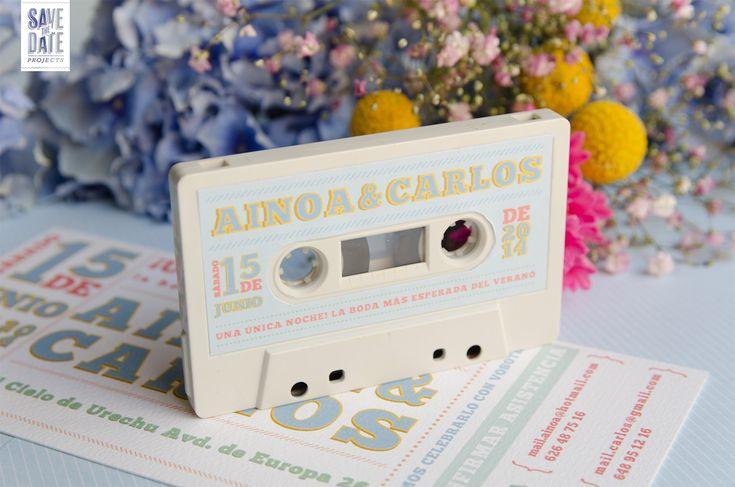 Invitaciones originales de boda como una entrada de concierto vintage