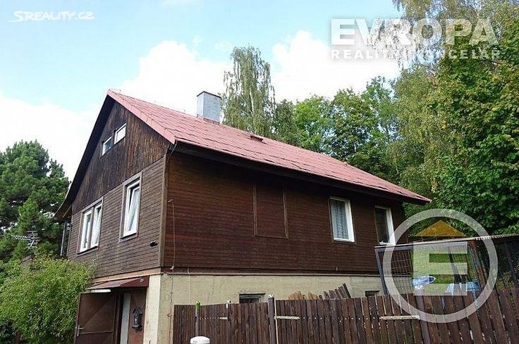 Rodinný dům 150 m² k prodeji Proseč pod Ještědem, okres Liberec; 2680500 Kč (Cena je včetně provize a právního servisu), garáž, patrový, samostatný, smíšená stavba, v dobrém stavu.