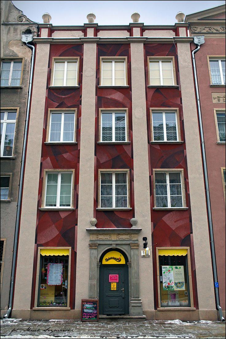 "#Ogarna 2.0 in #Gdańsk | Łukasz Berger ""Cekas"". More info here: www.urbanforms.or... . Pic by Marek Szymański #Cekas #streetart #urbanforms #fundacjaurbanforms"