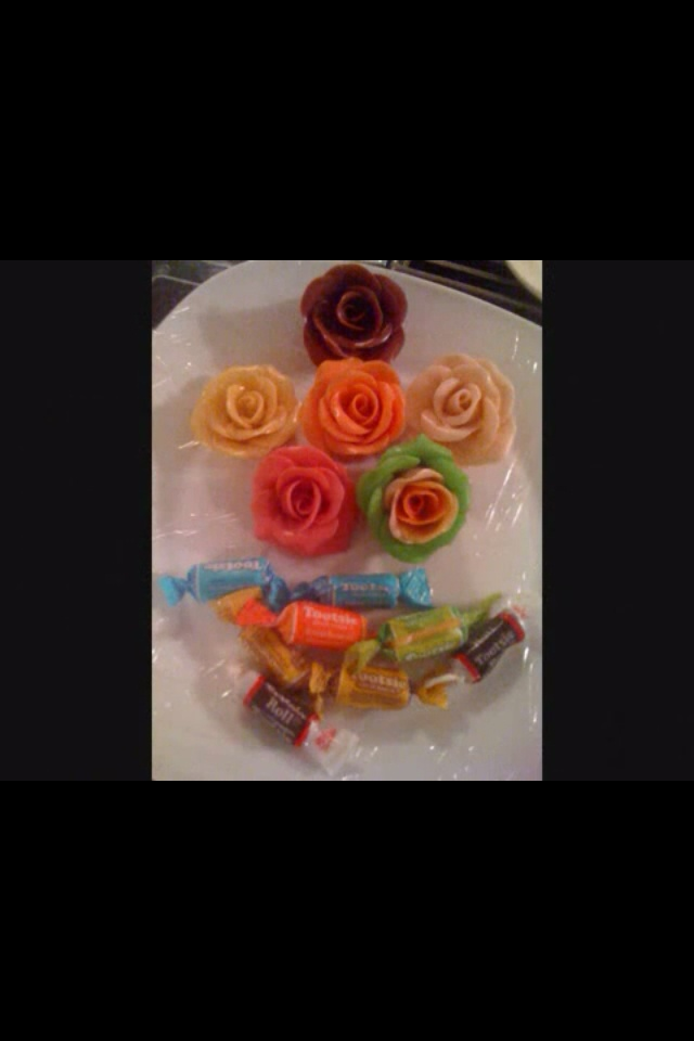 These roses i made from flavored tootsie rolls fun cheap for Cool things to do with roses