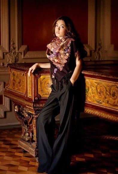 #accessory #scarf #PavlovPosad павлопосадский платок