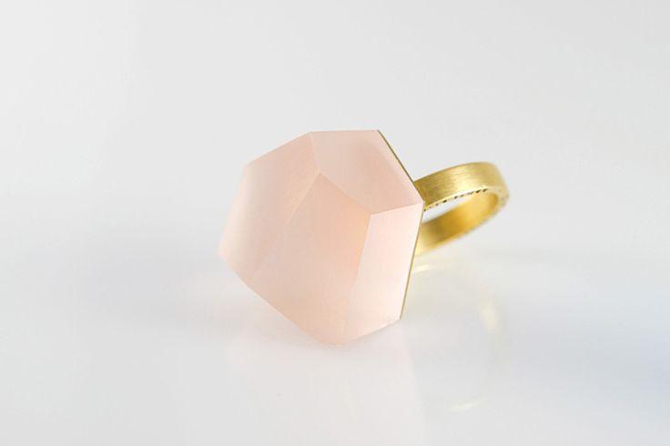 Vu – peach pink, gold ring -=PYO=- van Fruit Bijoux op DaWanda.com