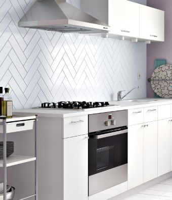 """""""fishbone tileing"""" (Kitchen with HÄRLIG white doors/drawer fronts and FYNDIG white countertop)"""