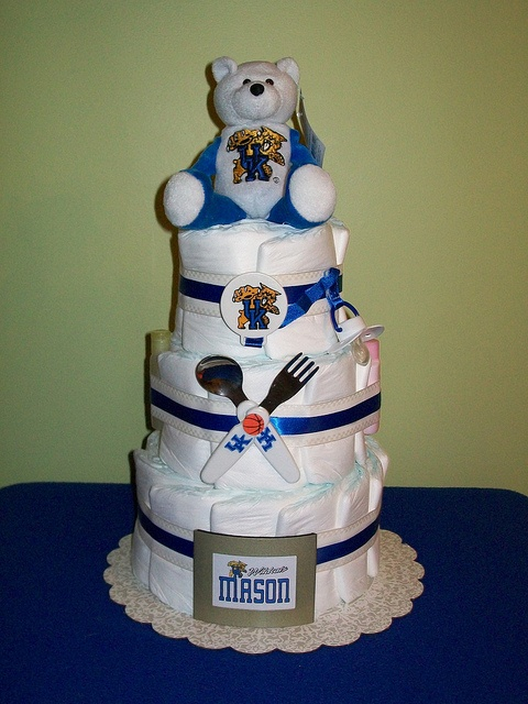 3-tier University of Kentucky Wild Cats Diaper Cake