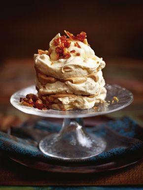 Bevroren meringuetaartjes met praline / Recepten / Eten | ELLE Eten Mobiel