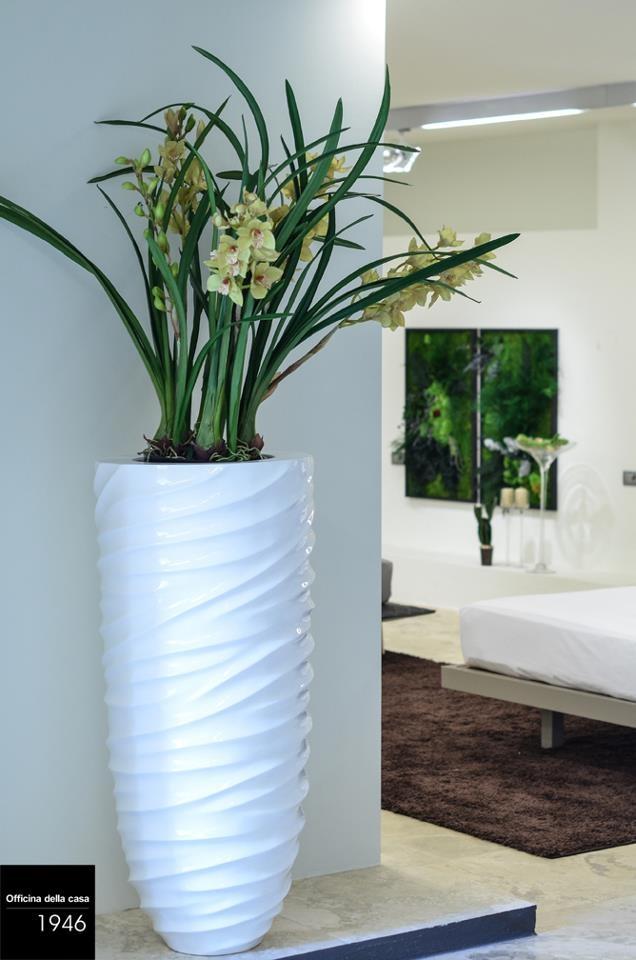 I vasi arredano e danno personalità ad ogni stanza: studiamo insieme ogni dettaglio che possa arredare la vostra casa.