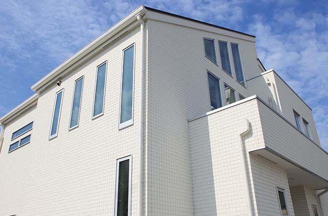 施工例 ドルチェvz 外壁 外装メーカーの旭トステム外装株式会社 家 外観 住宅建材 施工