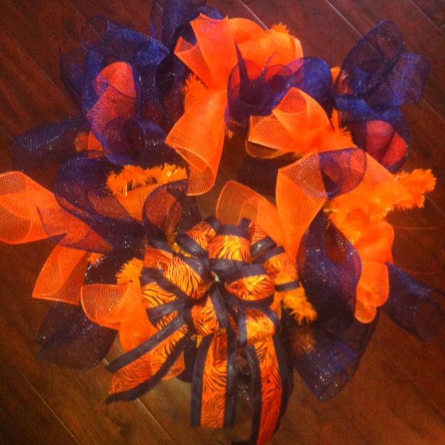 AU Wreath!