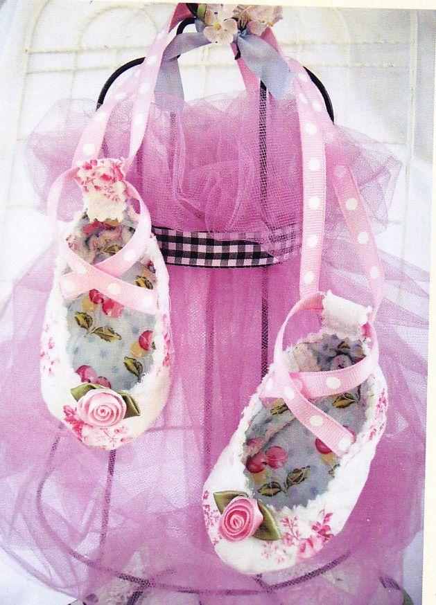 Millthorpe Armadillo: Fabulous Baby Shoe patterns
