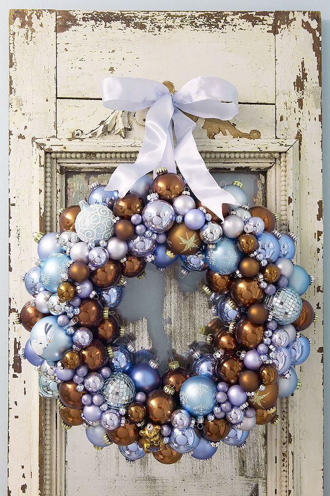 Bauble wreath blue & bronze