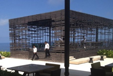 recycled timber for screens. would like this as an outdoor area to chill in