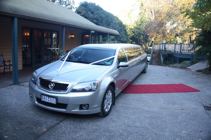 At Limousine King, we aim to ensure your hen's event is a very special occassion. Call us on (03) 9704 8672 or 0401 266 035 to make a booking.