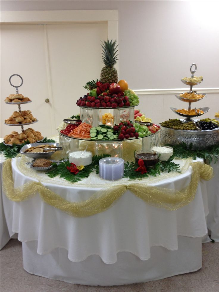 Fruit & Veggie Table.  Shady Oaks Catering!