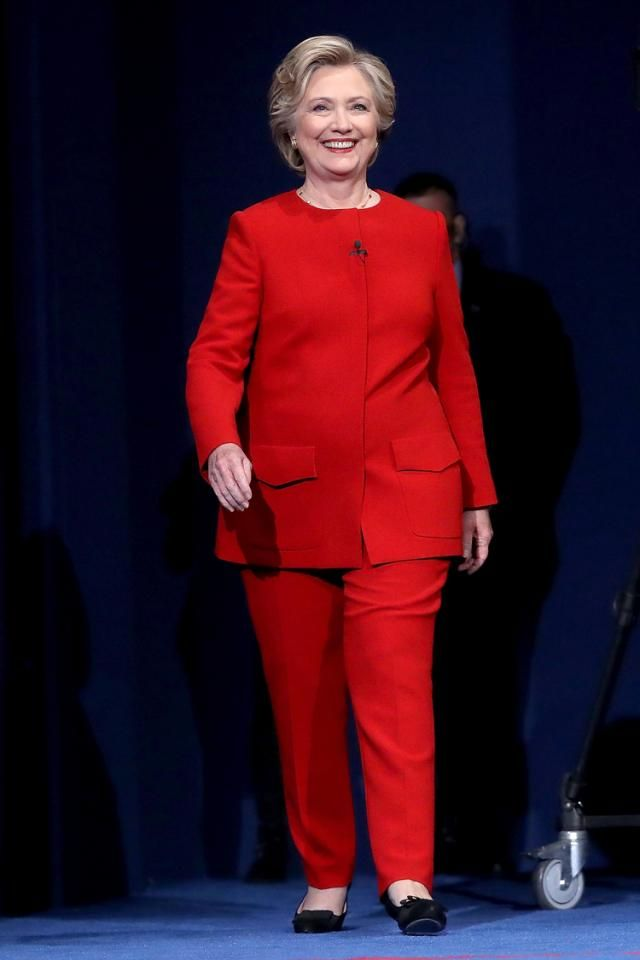 Did You Notice This Patriotic Pattern in Hillary Clinton's Pantsuits?