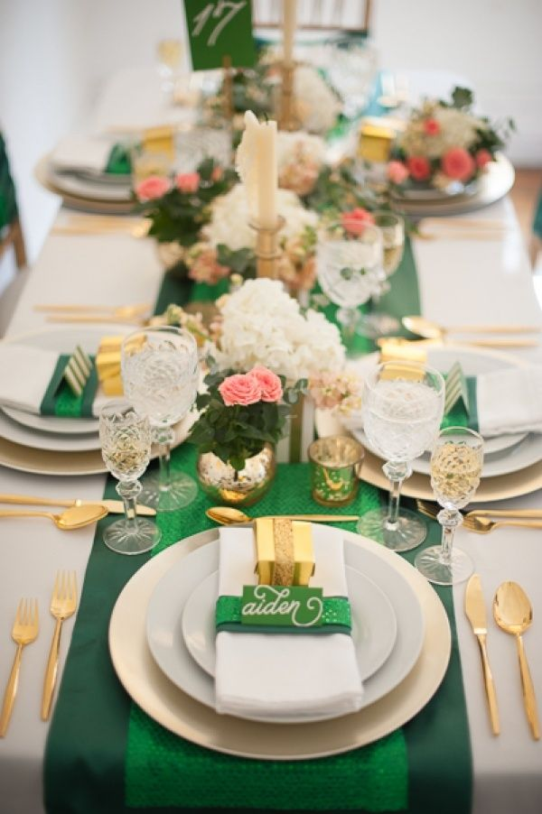 Emerald & Gold Wedding Tablescapes Ideas