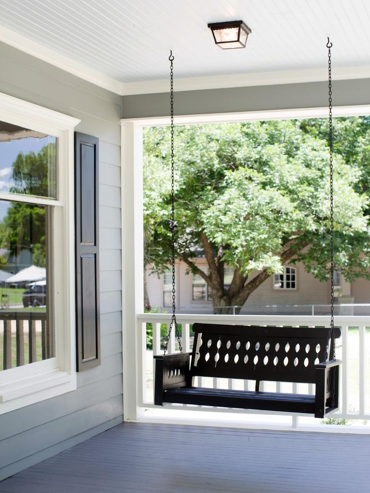 1000 images about home on pinterest porches porch for House with porch swing
