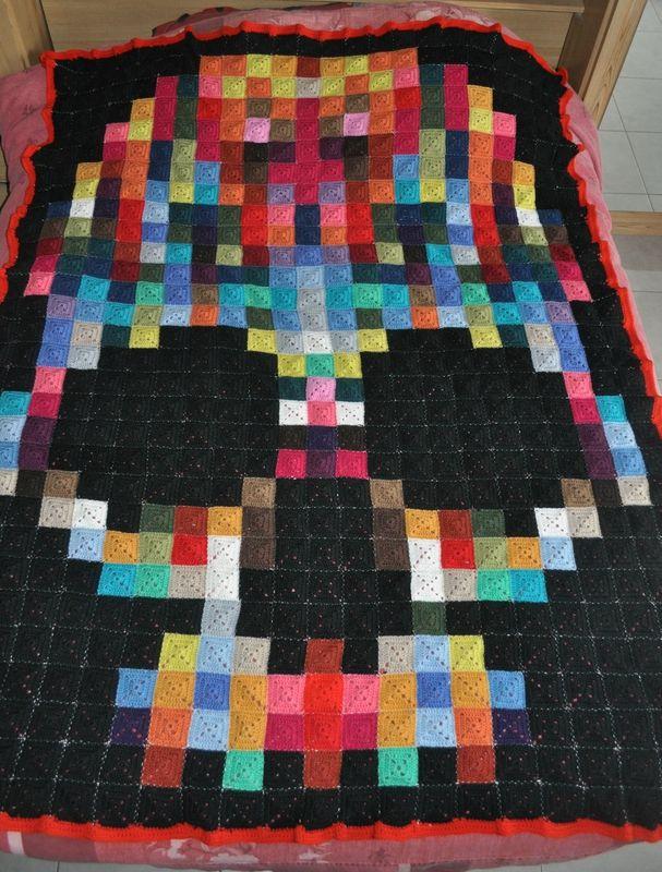 plaid tête de mort en granny pixel