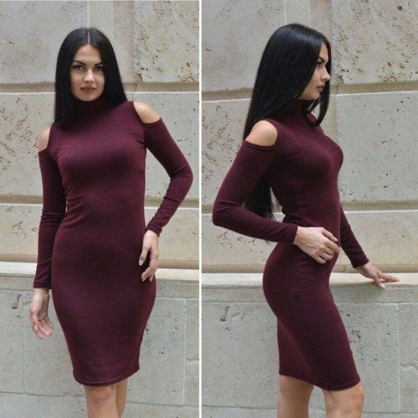 Платье облегающее деловой стиль теплое гольф с открытыми плечами средней длины сливовый