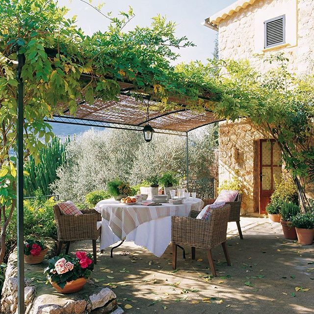 65 best Mediterraner Garten images on Pinterest | Outdoor living ...