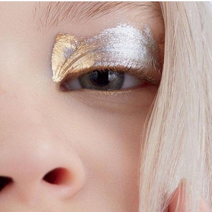silver gold eye shadow #beauty  More styles on http://www.cocos-philosophy.de