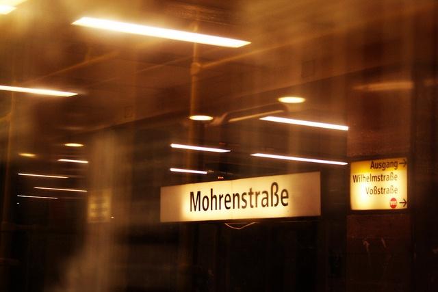 mohren strasse   inside the metro