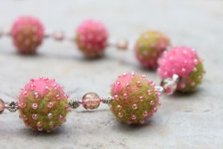 #Rhonda #Uppington: felt & bead #jewelry