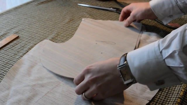 "Master tailor Rory Duffy cuts and explains the internal structure elements of a handcraft bespoke suit coat. Shot and edited by Andrew Yamato. For more information, visit www.roryduffybespoke.com, or contact Andrew Yamato at dayamato AT gmail dot com. [The following text accompanied this video's first appearance on the menswear blog ""A Suitable Wardrobe"" at http://asuitablewardrobe.dynend.com/2013/10/the-elements-of-structure.html] ""The Elements of Structure"" Since Schölte's day, ce..."