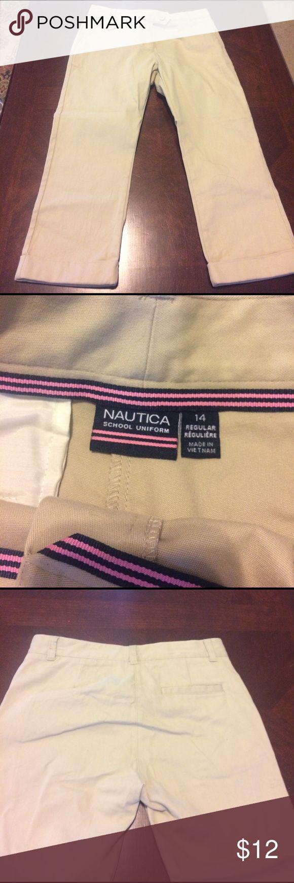 NWOT Nautica khakis NWOT Nautica tan kaki Capri pants Nautica Bottoms Casual