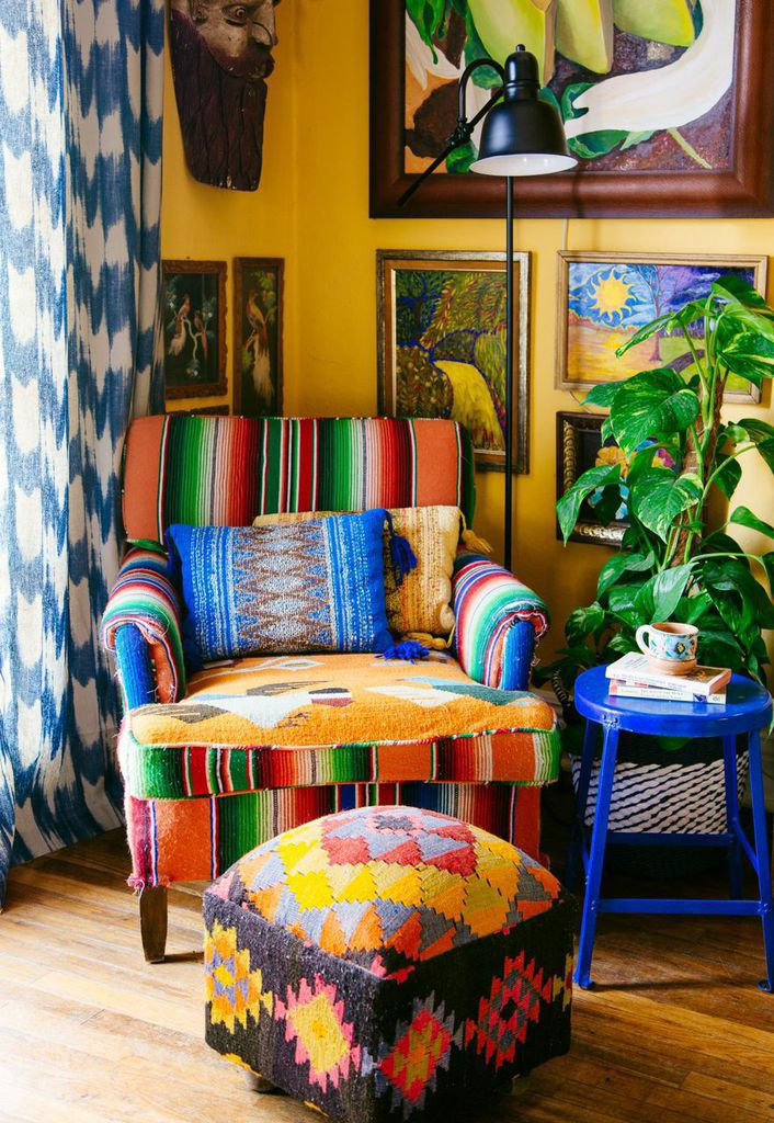 Designer, artist and all around rad humanJustina Blakeneyjust released herlong awaitedbookThe New Bohemiansand boy, is it good. The 300 page bohemian bible showcases the homes of 20 creatives in cities all over the country - each with with interior style that is free of rules and full of