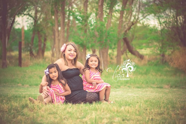 Maternity Photography-Outdoors-Siblings-by Rosanna Castillo