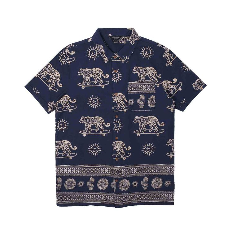 Vans Vault joins forces once again with the one and only Taka Hayashi to bring you a special capsule collection. The Vans Vault x Taka Hayashi Tiger Print Shortsleeve Shirt features lightweight premium cotton construction, button...