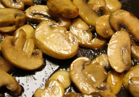 Pip & Ebby - Pip & Ebby - How to sautemushrooms