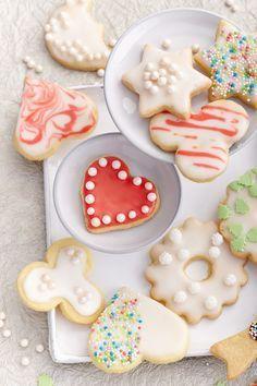 Keksrezepte: Klassische Kekse zum Ausschneiden und Dekorieren   – Kekse, Plätzchen Rezepte | Cookies recipes