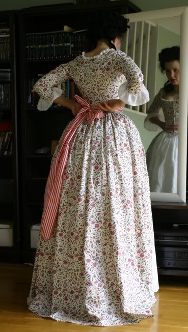 Before the Automobile: 1780's printed cotton robe à l'Anglaise