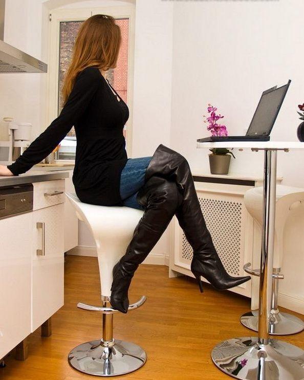blog femme en bottes cuissarde 110 sur. Black Bedroom Furniture Sets. Home Design Ideas