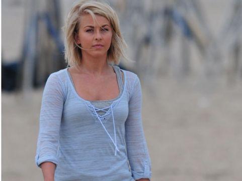 Julianne Hough Safe Haven | Julianne Hough Child Abuse - Julianne Hough Cosmopolitan February ...