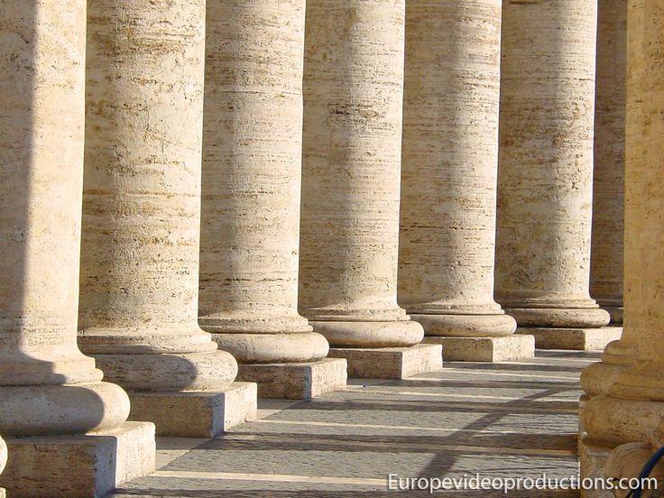 Plaza de San Pedro en la Ciudad del Vaticano en Italia