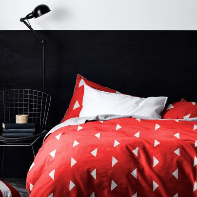 Triangles Scarlet Single bed quilt cover