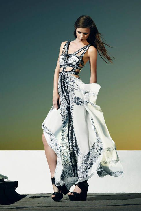 BCBG Max Azria Resort runway 2014 .maxi dress #maria257893 #style for women #womenfashion.www.2dayslook.com