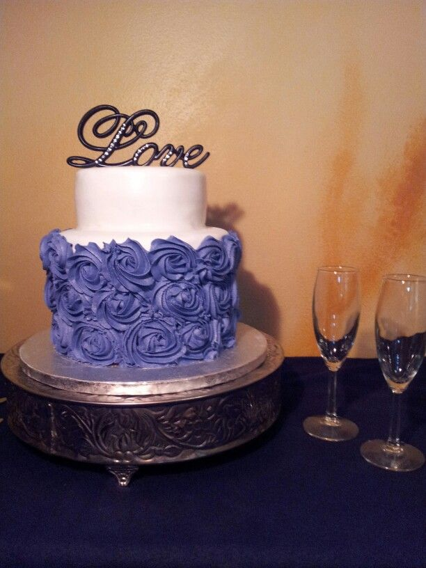 Small Wedding Cake By Shay S Custom Cakes
