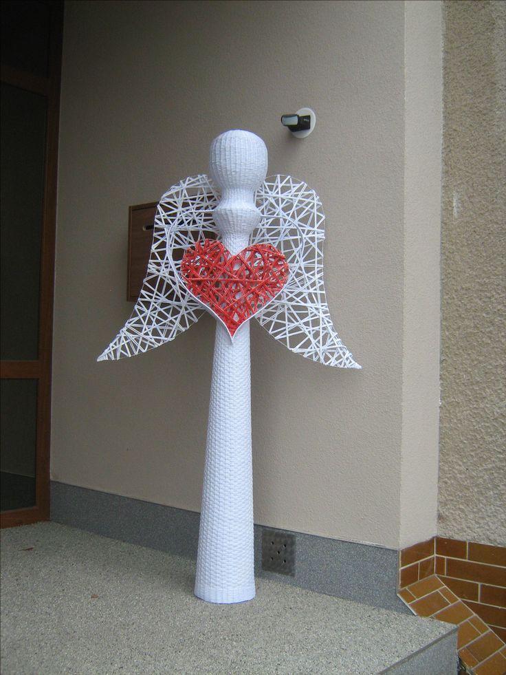 anděl vysoký 170 cm