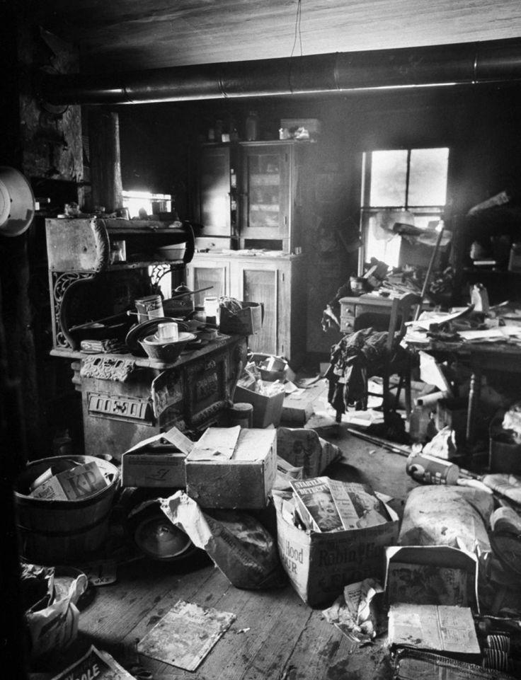 Ed Geinu0027s Kitchen   Photos   The Horrifying Crimes Of Notorious Killer Ed  Gein