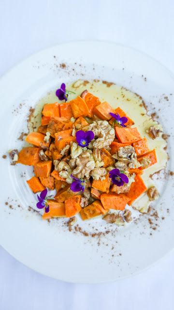 Roasted sweet potatoes with walnuts, cinnamon and maple syrup