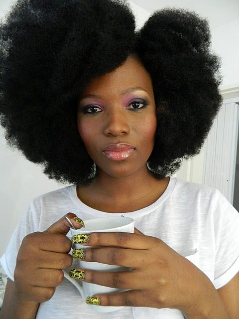 Fro chic.: Hairstyles, Hair Styles, Black Hair, Afro, Hair Crush, Naturalhair, Beauty, Hair Inspiration