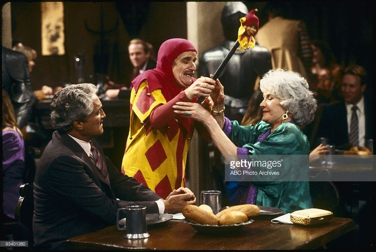 THE GOLDEN GIRLS - 9/24/85 - 9/24/92, HAL LINDEN, SID MELTON, BEA ARTHUR,