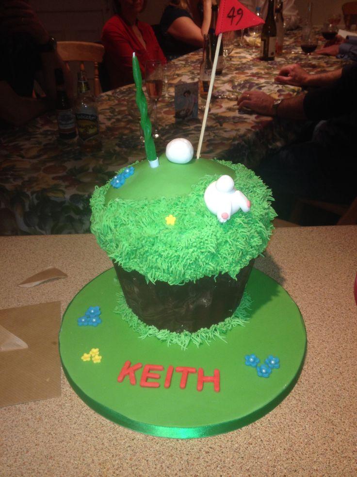 Golf giant cupcake-