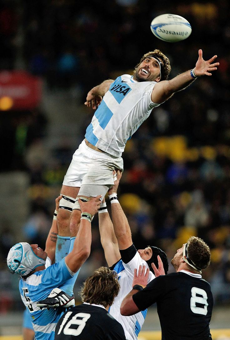 Argentina's Juan Martin Fernandez Lobbe stretches for the ball
